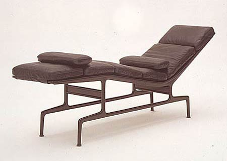 Чарльз и Рэй Эймс. Charles Ormand Eames & Ray Eames. Soft Pad Chaise ES 106