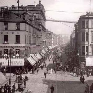 Глазго. Конец 19 века. Улица Аргиль, на которой находилась одна из чайных комнат миссис Крэнстон. Argyle Street tea rooms