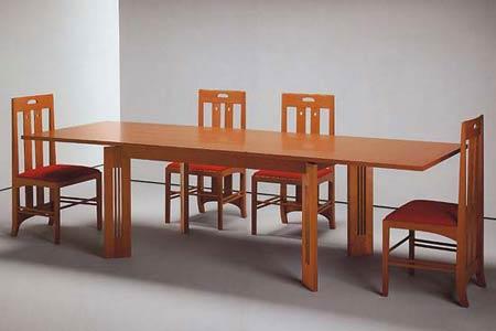 Чарльз Рени Макинтош. Charles Rennie Mackintosh. Стол Berlino и стулья Ingram. В настоящее время производится Cassina S.p.A.
