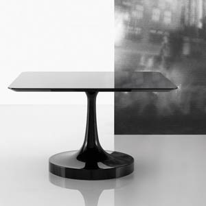 Паола Навоне. Paola Navone. Vulcano table. Poliform