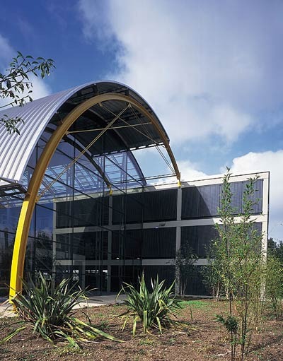 Ричард Роджерс (Richard Rogers): Thames Valley University, Slough, England, UK (Университет Таймс), 1993—1996