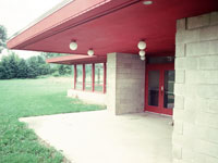 Фрэнк Ллойд Райт (Frank Lloyd Wright): Wyoming Valley Grammar School, Spring Green, Wisconsin (Вайоминг-вэлльская школа, Вайоминг-Вэлли, под Спринг-Грином, Висконсин), 1956