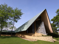 Фрэнк Ллойд Райт (Frank Lloyd Wright): Unitarian Society Meeting House, Shorewood Hills, Wisconsin (Унитарная церковь, Шервуд-Хиллс, Висконсин ), 1947—1951