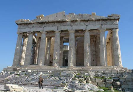 Древняя Греция Обзор архитектуры и искусства Архитектура и  Парфенон реконструкция Парфенон Афинский Акрополь
