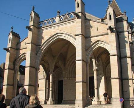 Схема кафедрального собора в клюни